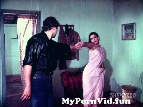 View Full Screen: rim jhim barasta jeetendra jayaprada majboor bollywood songs anuradha paudwal.jpg