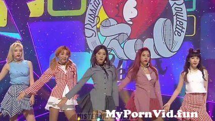 View Full Screen: red velvet russian roulette comeback stage mr mr removedvoice onlykpop.jpg